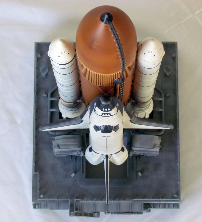space shuttle discovery revell - photo #10